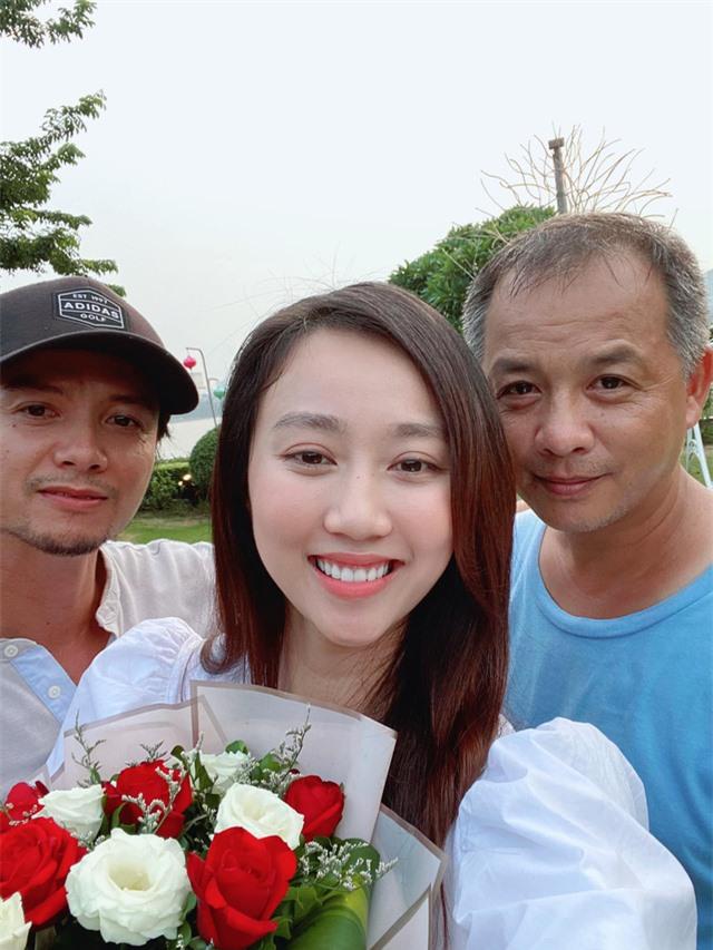 """Huỳnh Hồng Loan: """"Nhớ những ngày gọi xe ôm đi làm và ở căn nhà thuê 30m2"""" - Ảnh 3."""