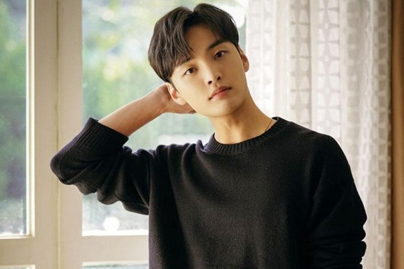 6. Kim Min Jae