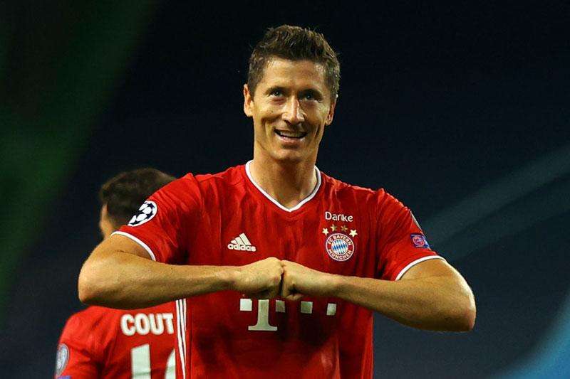 9. Robert Lewandowski (Bayern Munich, 28 triệu USD).