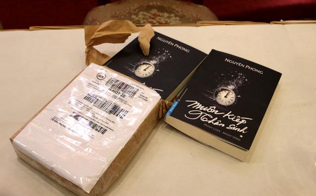 Sách Muôn kiếp nhân sinh giả được mua từ Lazada.