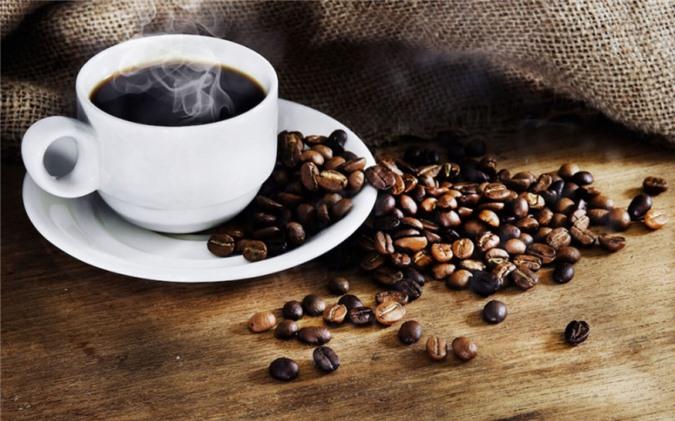 Uống cà phê sau bữa ăn khoảng 30 phút