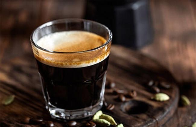 Uống cà phê không dùng đường sữa giảm cân