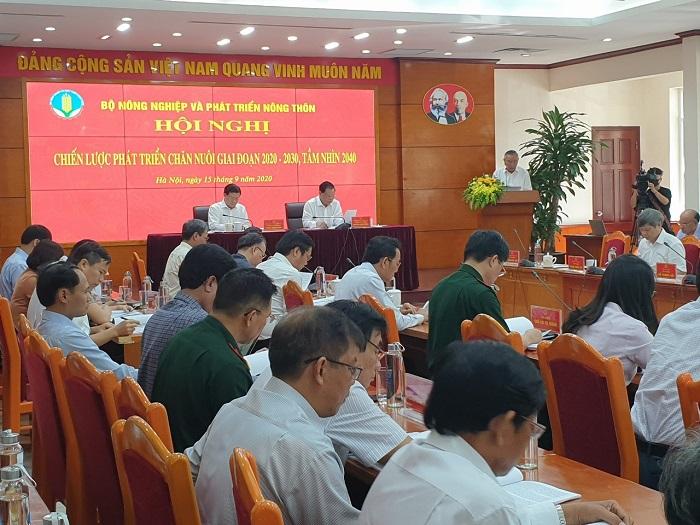 """Toàn cảnh hội nghị """"Chiến lược phát triển chăn nuôi giai đoạn 2020 – 2030, tầm nhìn 2040""""."""