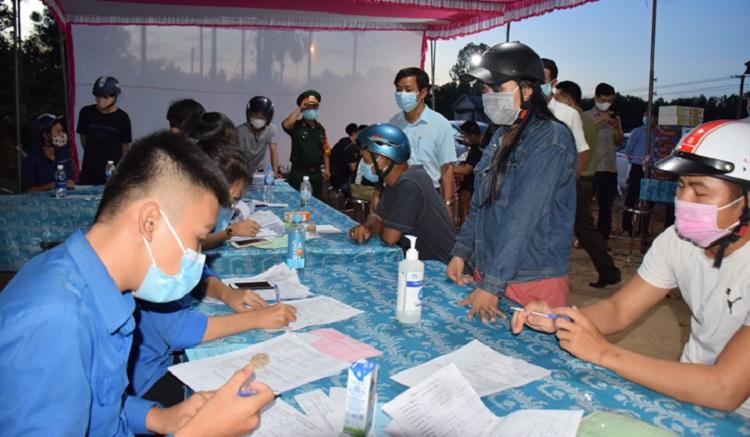 Người dân đi từ TP. Đà Nẵng đến tỉnh Thừa Thiên Huế cần khai báo y tế, đăng ký và chịu trách nhiệm về thông tin đăng ký.