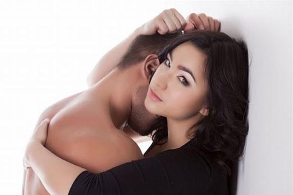 5 mẫu phụ nữ dễ kích thích đàn ông, dù biết ngoại tình là tội lỗi nhưng vẫn cắm đầu cắm cổ lao vào - Ảnh 1.