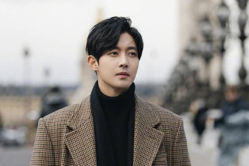 6. Kim Hyun Joong