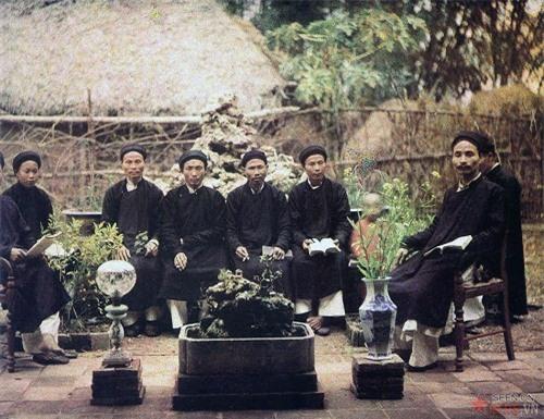 Việt Nam sống động qua những bức ảnh màu hiếm có chụp từ 100 năm trước - Ảnh 3
