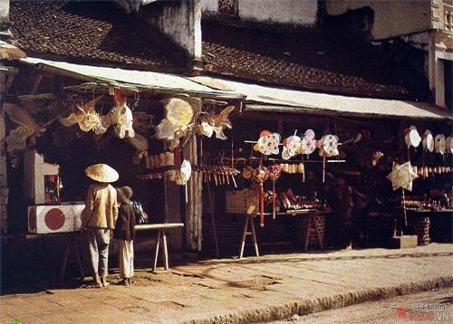 Việt Nam sống động qua những bức ảnh màu hiếm có chụp từ 100 năm trước - Ảnh 4