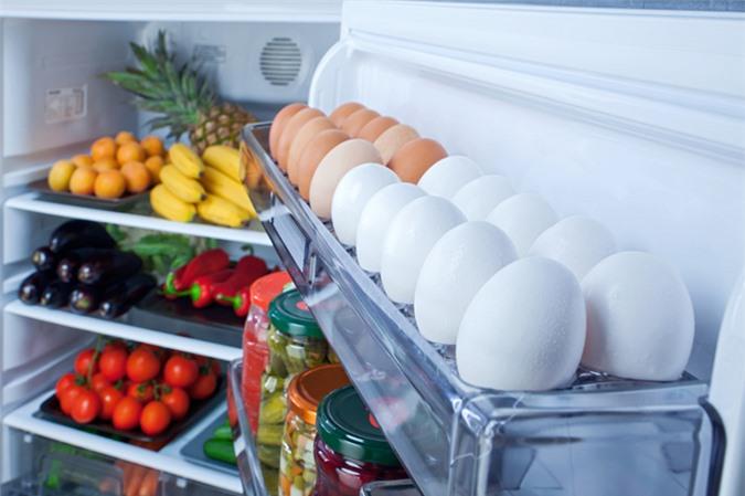 Nên nhìn vào vỏ trứng mới biết trứng tươi ngon