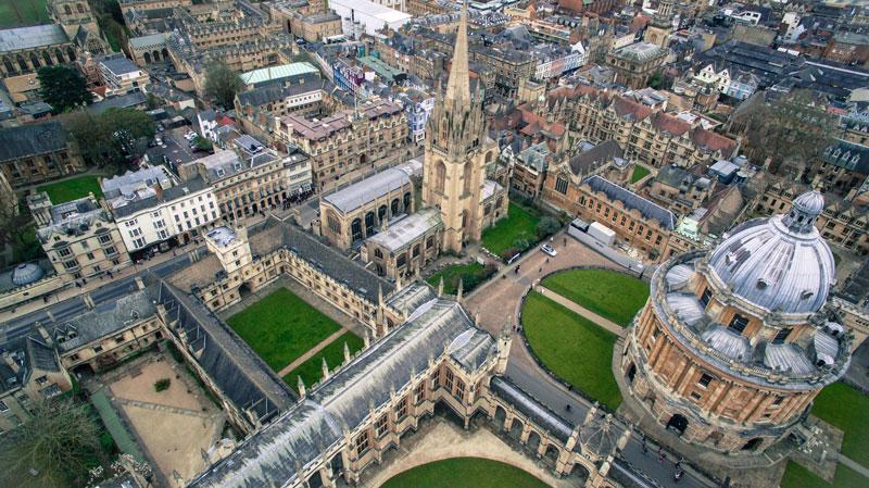 10. Đại học Hoàng gia London, Anh.