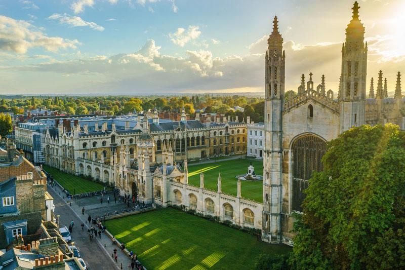 3. Đại học Cambridge, Anh.