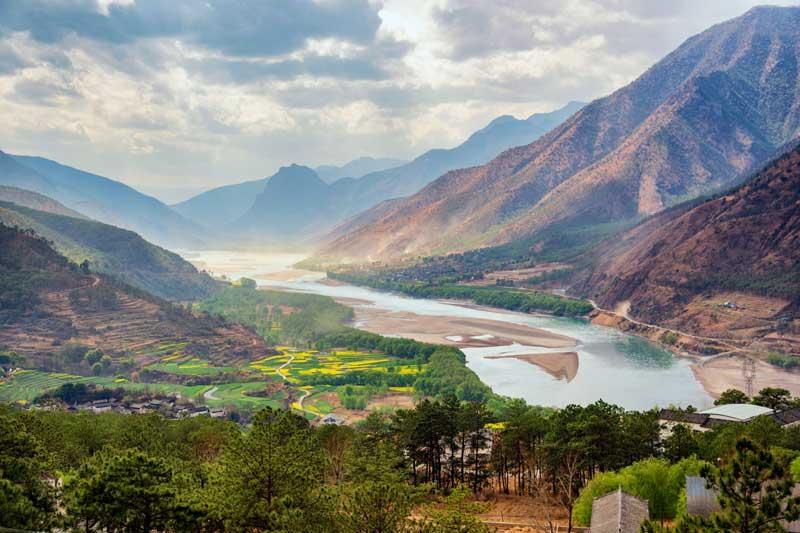 Top 10 dòng sông dài nhất châu Á