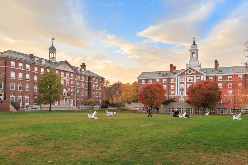 7. Đại học Harvard, Mỹ.