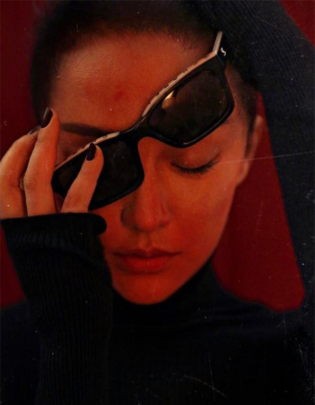 Châu Tấn biến hóa kỳ ảo trên ấn phẩm đặc biệt của Elle - Ảnh 10.