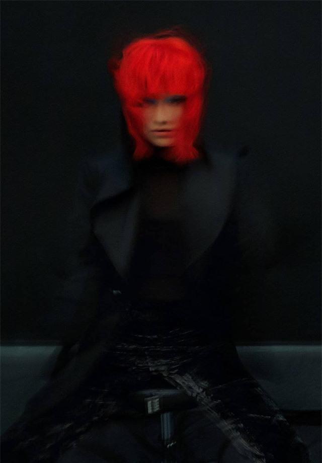 Châu Tấn biến hóa kỳ ảo trên ấn phẩm đặc biệt của Elle - Ảnh 18.