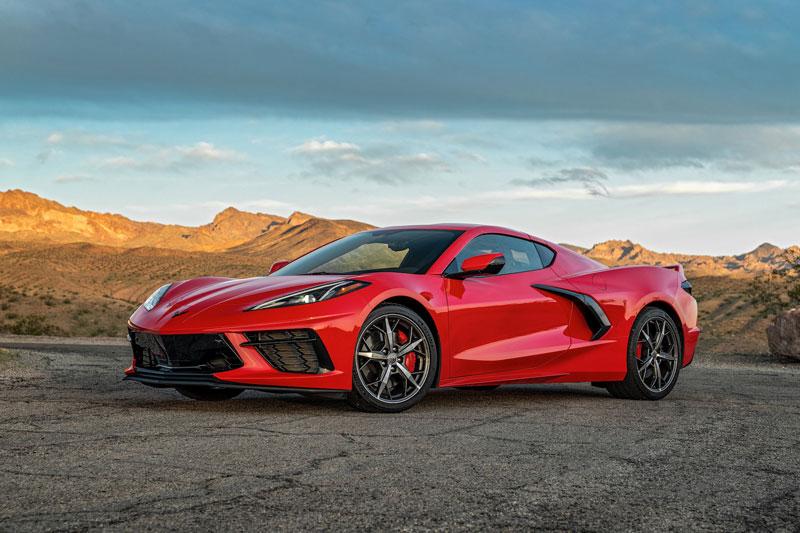3. Chevrolet Corvette 2020 (giá khởi điểm: 58.900 USD).