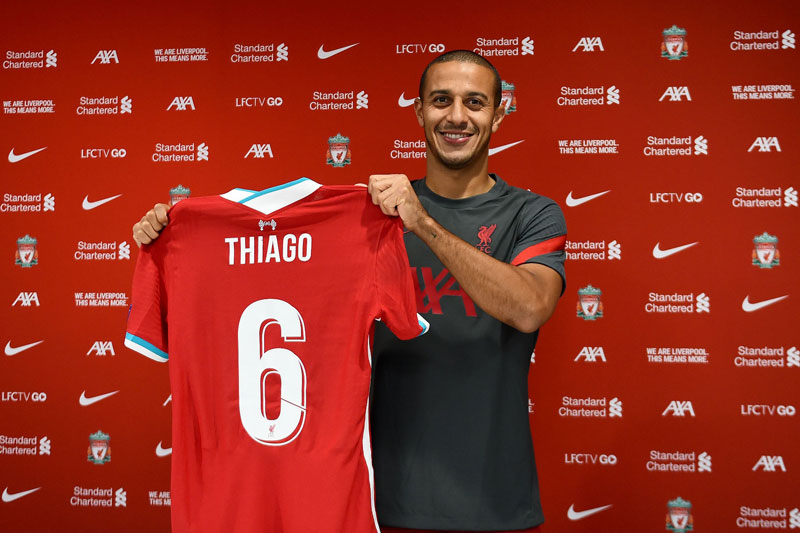 Tiền vệ trung tâm: Thiago Alcantara.