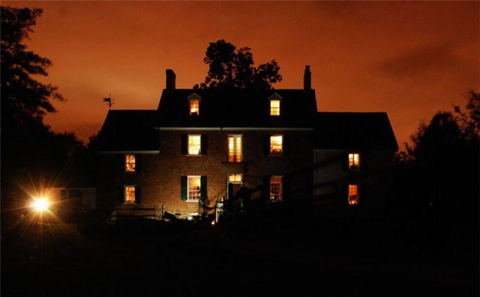 Ngôi nhà bị ma ám Ferry Plantation nổi tiếng với 11 linh hồn từng xuất hiện tại nơi đây