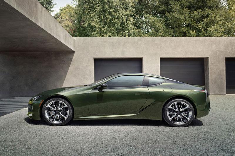 8. Lexus LC 2020 (giá khởi điểm: 92.950 USD).