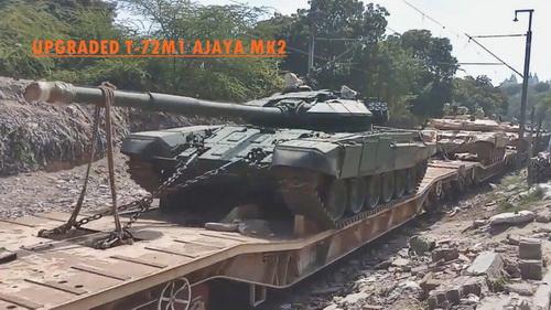 Xe tăng chiến đấu chủ lực T-72M1 Ajeya MK2 với giáp phản ứng nổ Kontakt-5. Ảnh: Topwar.
