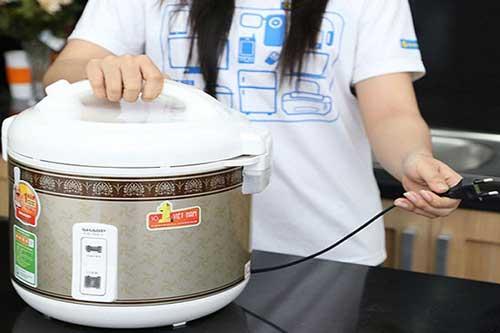5 sai lầm nhà nào cũng mắc khiến nồi cơm điện nhanh hỏng lại hại sức khỏe