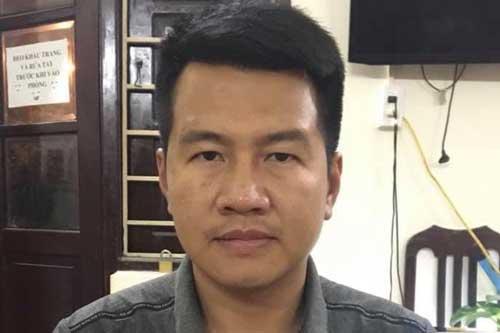 """Bắt đối tượng cho hơn 200 người vay nặng lãi qua """"bốc bát họ"""" ở Hà Nội"""