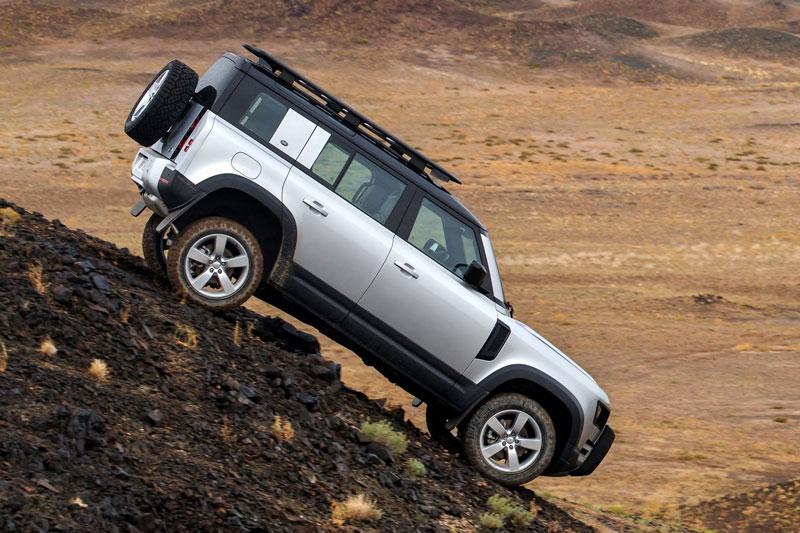 Khám phá Land Rover Defender 2020 vừa ra mắt ở Việt Nam, giá từ 3,855 tỷ