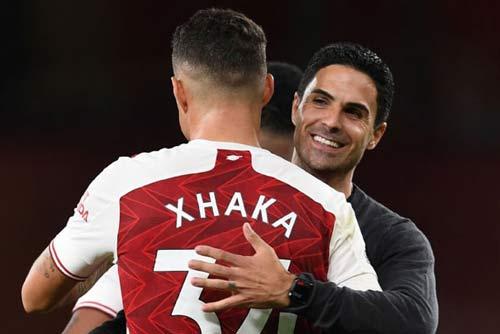 """Arsenal: Giành 3 điểm nhưng """"công trường"""" của Arteta vẫn còn dang dở"""