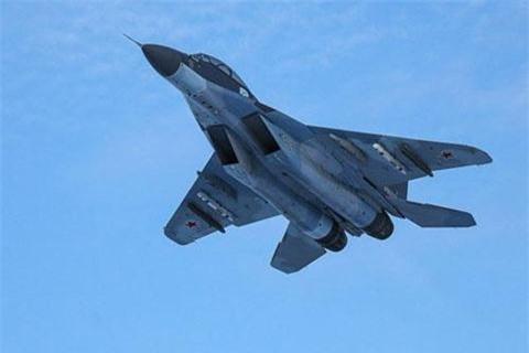 Iraq buong F-16, xem xet mua MiG-29