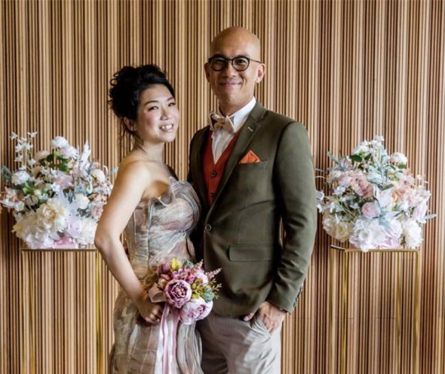 Bành Hoài An và vợ.