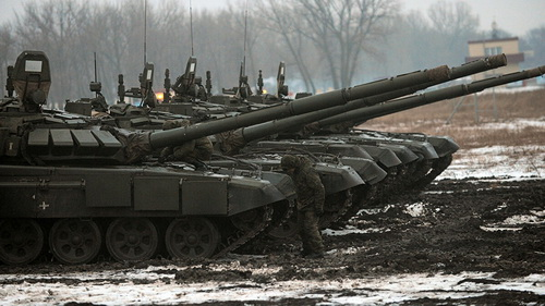 Phần lớn kho xe tăng khổng lồ của Nga trong tình trạng ngừng hoạt động. Ảnh: Lenta.ru.