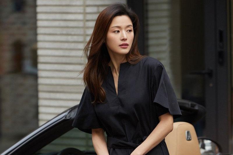 Những mỹ nhân có khuôn mặt khiến phụ nữ Hàn muốn phẫu thuật thẩm mỹ giống: Jun Ji-hyun dẫn đầu, Kim Tae-hee vắng mặt