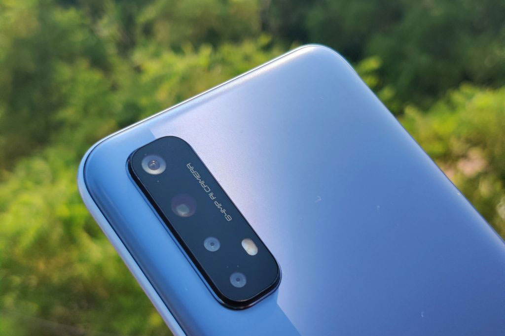Realme 7 với RAM 8 GB, sạc 30W, 4 camera sau, giá 6,99 triệu tại Việt Nam