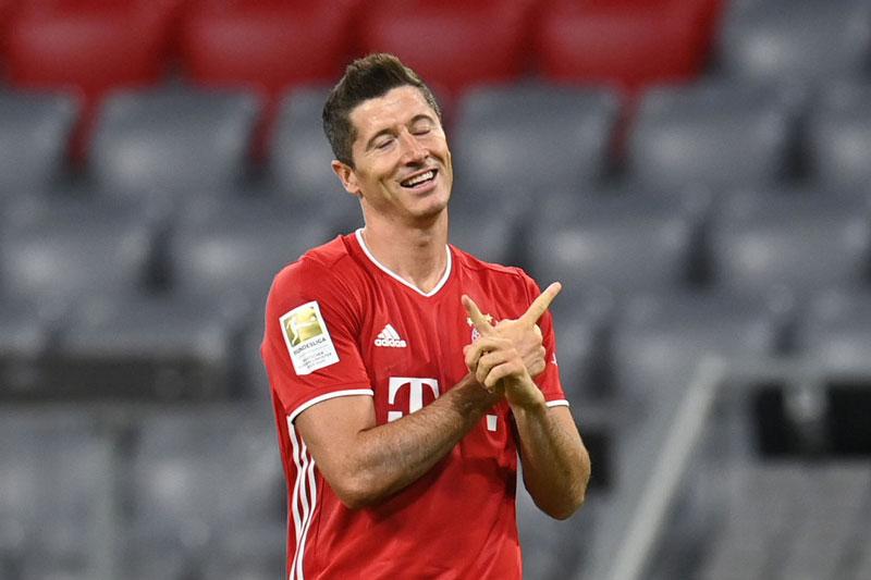 9. Robert Lewandowski (Bayern Munich, định giá chuyển nhượng: 54 triệu bảng).