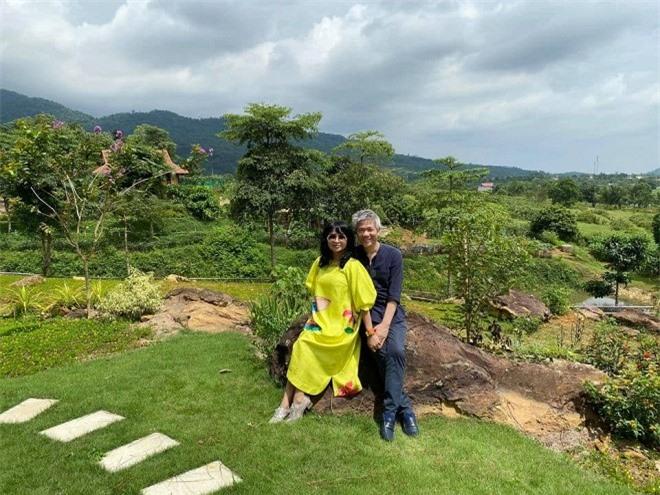 Diva Thanh Lam đăng ảnh tình tứ trong chuyến du lịch riêng cùng bạn trai bác sĩ 3