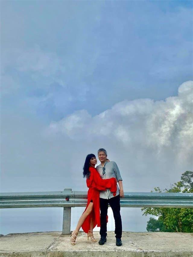 Diva Thanh Lam đăng ảnh tình tứ trong chuyến du lịch riêng cùng bạn trai bác sĩ 1