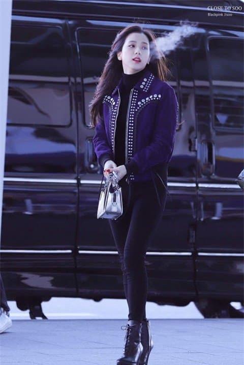 Jisoo nữ thần sân bay 15