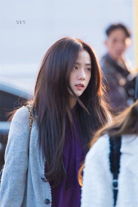 Jisoo nữ thần sân bay 14