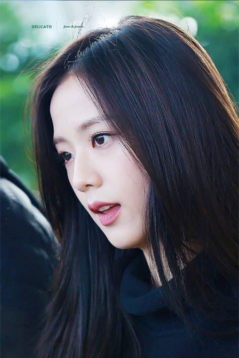 Jisoo nữ thần sân bay 6