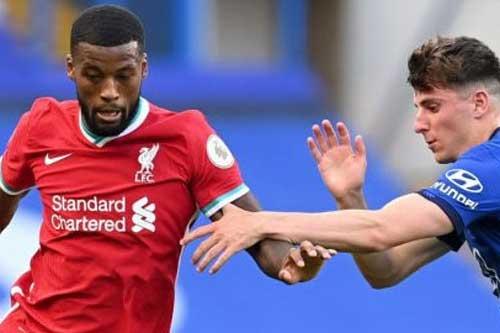 Fan Liverpool đòi tống khứ cầu thủ 'tàng hình' ở trận thắng Chelsea