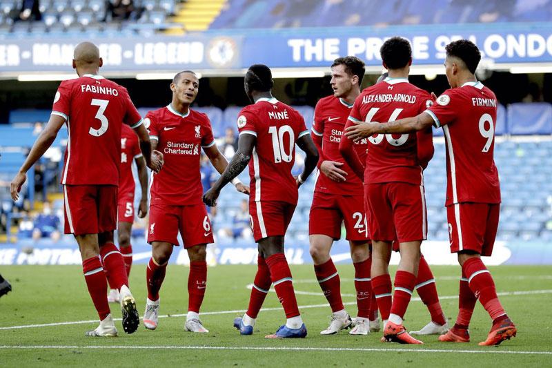 Liverpool thể hiện bản lĩnh nhà vô địch, Chelsea khó tiến xa vì Kepa