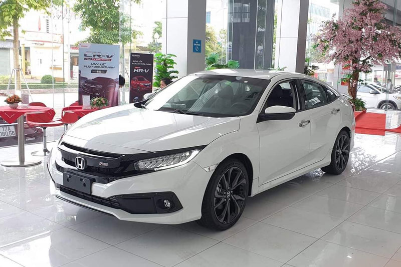 Giá lăn bánh Honda Civic tháng 9/2020