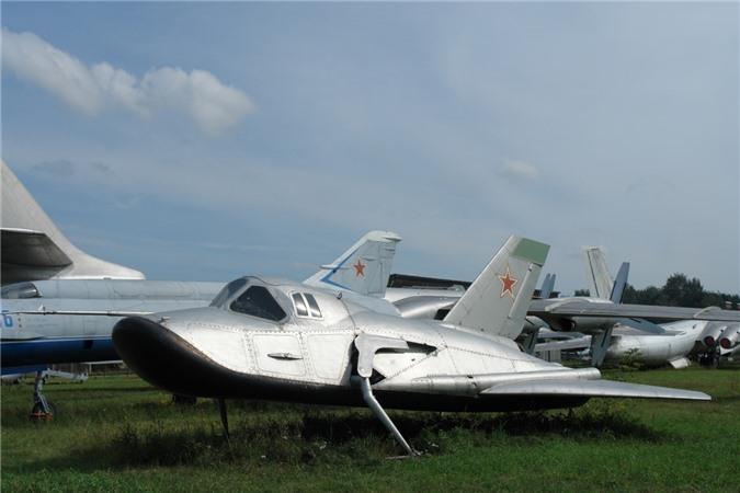 MiG-105. Ảnh: Wikipedia