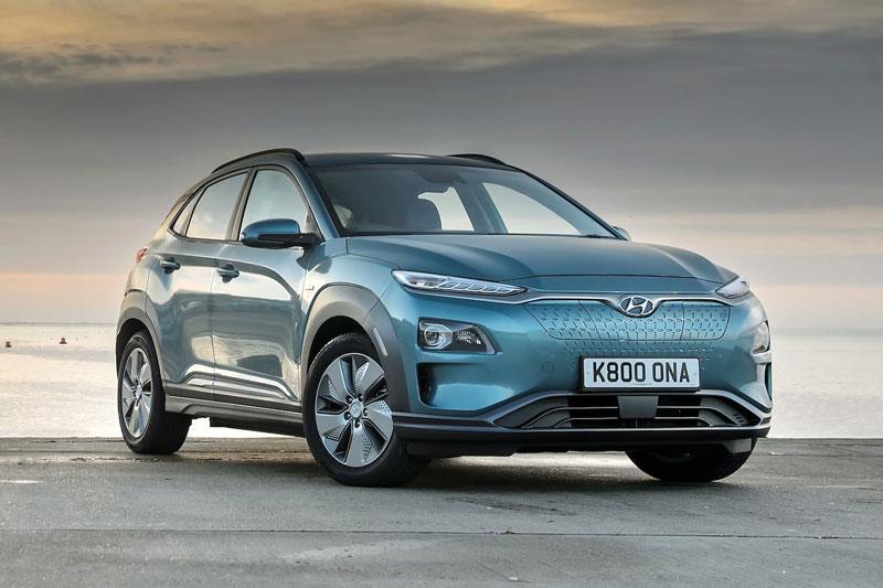 6. Hyundai Kona Electric 2020 (giá khởi điểm: 37.190 USD, quãng đường di chuyển mỗi lần sạc đầy pin: 415 km).