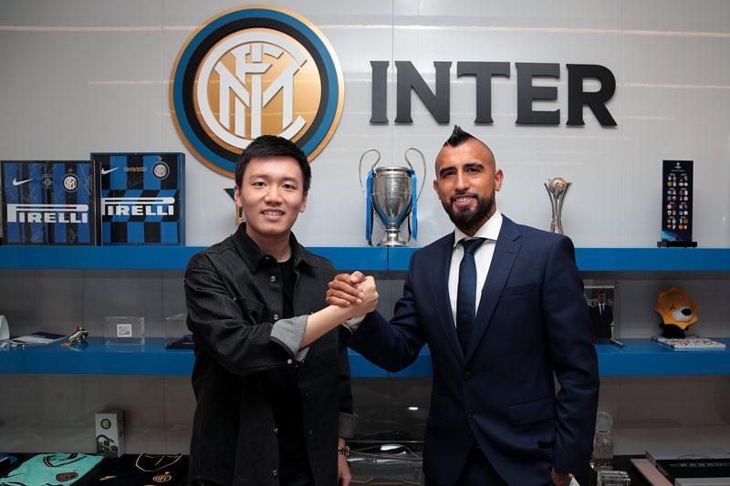 CHÍNH THỨC: Barca bán Vidal cho Inter với giá 'không thể tin nổi'