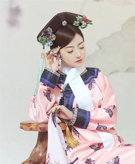 Chuyện về nữ nhân suýt trở thành phi tần nhà Thanh, vì Hoàng đế băng hà nên được gả cho người khác rồi hạ sinh 13 người con - Ảnh 1.