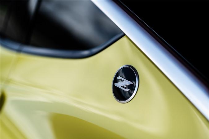 Nissan gioi thieu Z-car the he moi anh 7