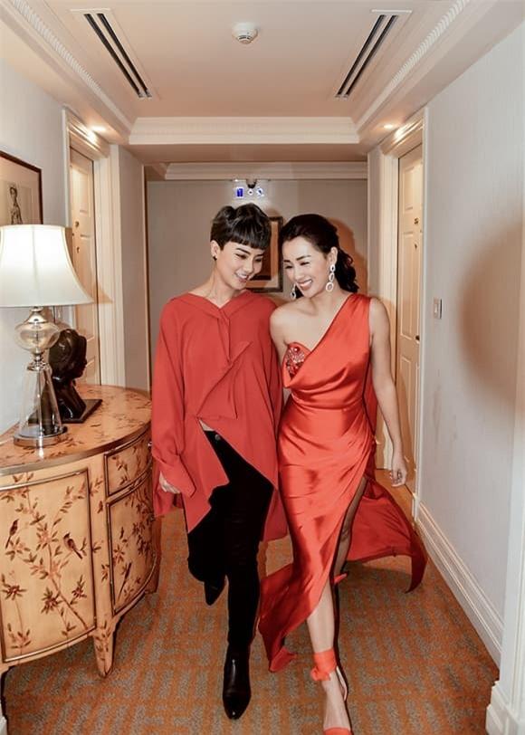 Quỳnh Chi và Thùy Dung 2