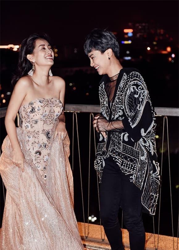 Quỳnh Chi và Thùy Dung 3