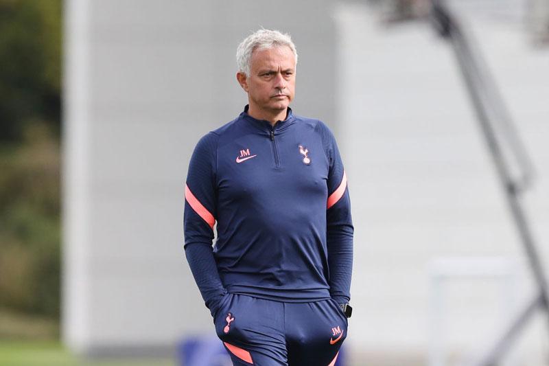Mourinho bóng gió chuyện rời Tottenham, hé lộ kế hoạch bất ngờ ở tương lai
